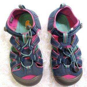Keen Newport H2 Womens Size 6 Waterproof Sandals